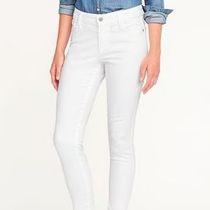 "Old Navy rockstar ""stay white"" skinny jeans"